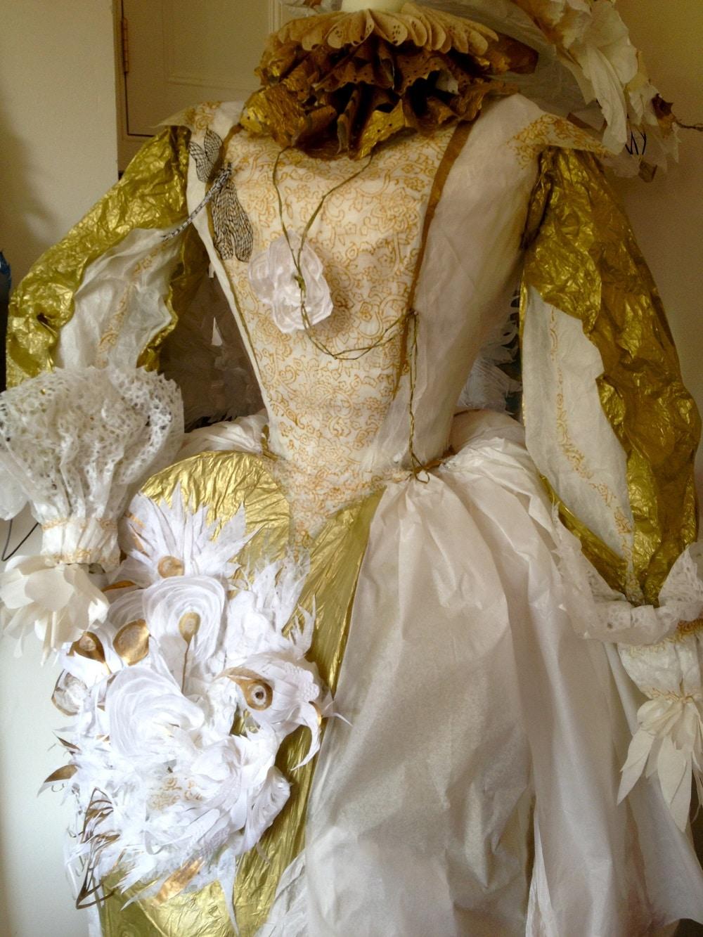 Tudor-Gown-close-up_1000